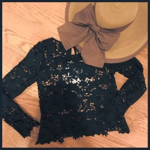 Beautiful H&M crew neck black eyelet top in size 4